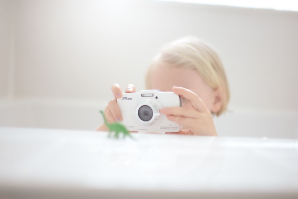 Family photographer Michael Kormos' daughter shares his passion
