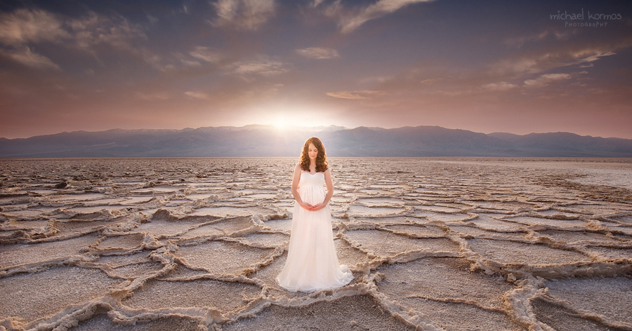 The sunrise glow is the perfect backdrop for capturing gorgeous artistic maternity portraits