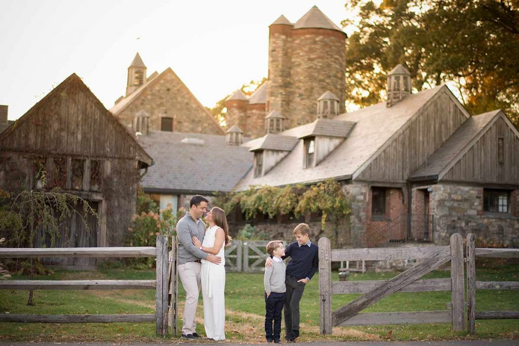 A beautiful farm in Westchester County NY is the setting for this timeless family photo